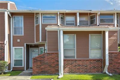Kenner Multi Family Home For Sale: 86 Avant Garde Circle #86