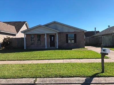 Marrero Single Family Home For Sale: 2713 Bayou Des Cannes Drive