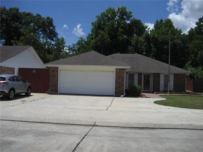 Single Family Home For Sale: 2761 Chenier Street