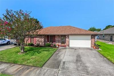 Marrero Single Family Home Pending Continue to Show: 1604 Celtic Drive