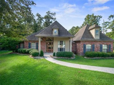 Mandeville Single Family Home For Sale: 102 Osceola Court