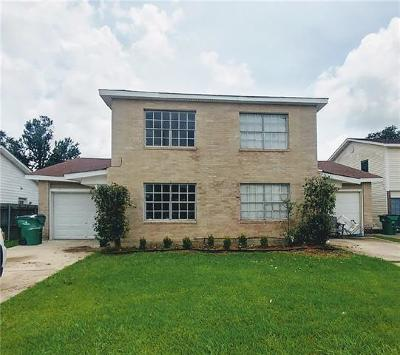 Jefferson Parish Multi Family Home For Sale: 561 Terry Parkway