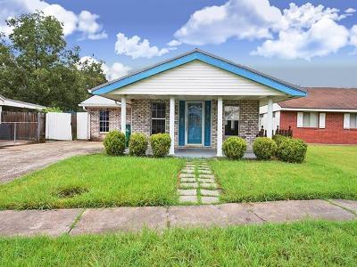 Jefferson Parish Single Family Home For Sale: 152 Julia Drive