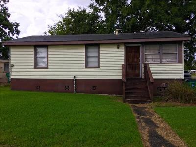 Gretna Single Family Home For Sale: 2500 Rose Drive