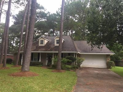 Single Family Home For Sale: 86 Parc Place