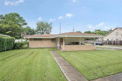 Single Family Home Pending Continue to Show: 144 Diane Avenue