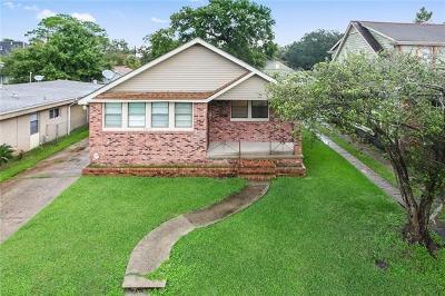 Single Family Home For Sale: 4675 Spain Street