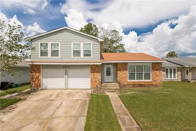 Single Family Home For Sale: 3913 Bayou Oaks Drive