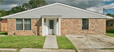 Single Family Home For Sale: 1001 Barnes Street