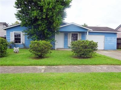 Jefferson Parish Single Family Home Pending Continue to Show: 37 Winifred Street