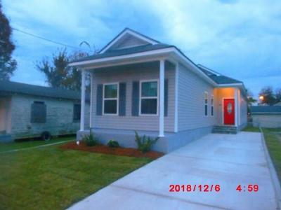 Westwego Single Family Home Pending Continue to Show: 466 Gillican Street