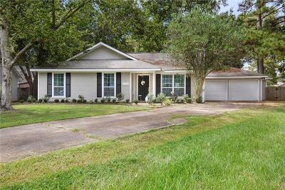 Single Family Home Pending Continue to Show: 2336 Butterfly Court