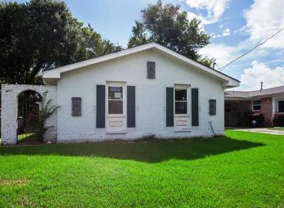 New Orleans Single Family Home Pending Continue to Show: 4801 Nottingham Drive