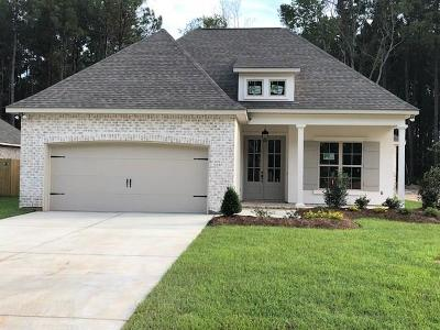 Madisonville Single Family Home Pending Continue to Show: 1072 Fox Sparrow Loop