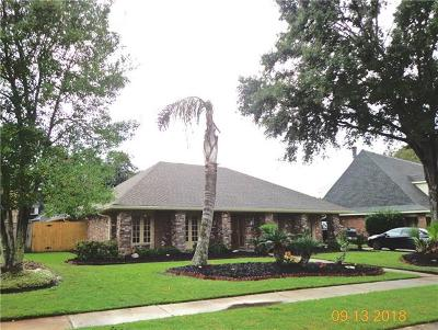 Kenner Single Family Home For Sale: 79 Chateau Rothchild Drive