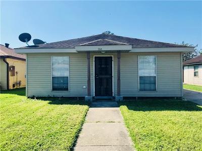 Single Family Home For Sale: 5949 N Oak Drive