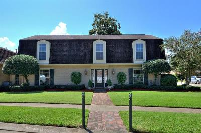 Metairie Single Family Home For Sale: 4525 Beau Lac Lane