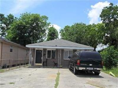 New Orleans Single Family Home For Sale: 6214-6216 N Robertson Avenue