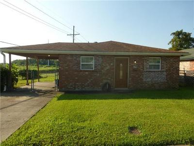 Gretna Single Family Home Pending Continue to Show: 2998 Glenbrook Drive