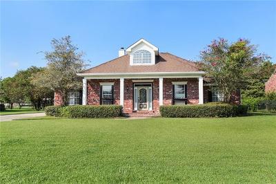 Harvey Single Family Home For Sale: 3716 Lake Catherine Drive