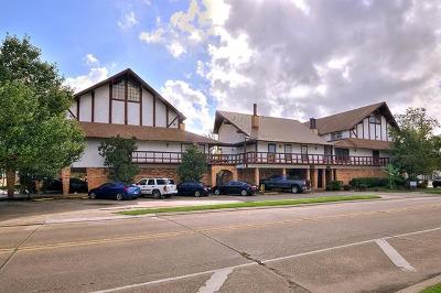 Metairie Condo Pending Continue to Show: 2305 Cleary Avenue #209