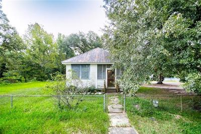 Single Family Home For Sale: 437 Lamarque Street