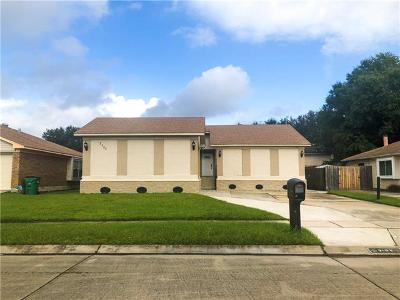Harvey Single Family Home For Sale: 2105 Killington Drive