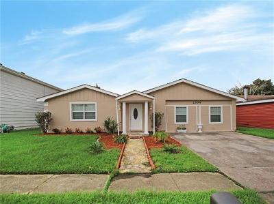Harvey Single Family Home For Sale: 2309 Deerlick Lane