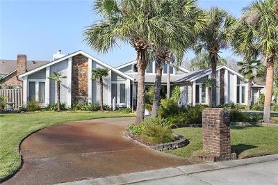 Gretna Single Family Home For Sale: 3612 Lake Timberlane Drive