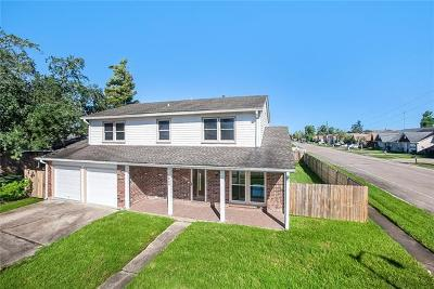 Harvey Single Family Home For Sale: 3800 Accacia Lane