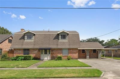 River Ridge, Harahan Single Family Home For Sale: 8713 Darby Lane