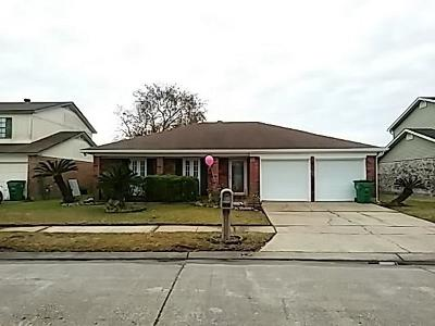 Gretna LA Single Family Home For Sale: $189,900