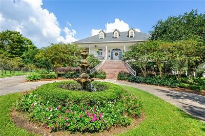 Mandeville Single Family Home For Sale: 107 Northlake Court