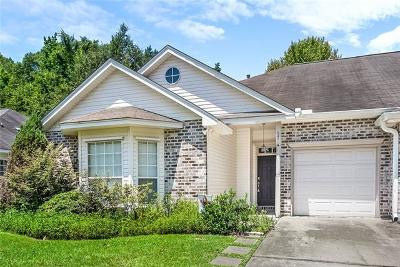 Single Family Home Pending Continue to Show: 647 Florida Street