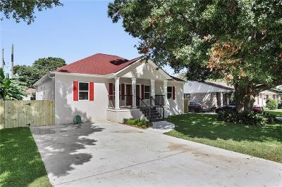 Metairie Single Family Home For Sale: 6813 Kawanee Avenue