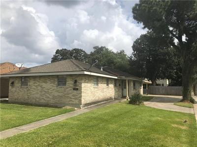 Metairie Single Family Home Pending Continue to Show: 1301 Aztec Avenue