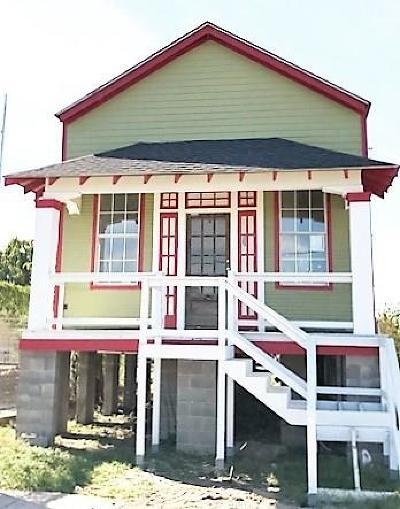 Single Family Home For Sale: 3914 Erato Street