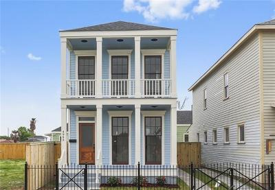 New Orleans Single Family Home For Sale: 4995 Burgundy Street