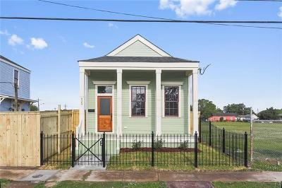 New Orleans Single Family Home For Sale: 920 Reynes Street