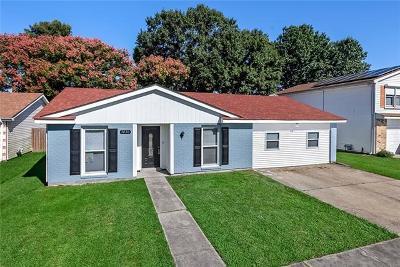Harvey Single Family Home For Sale: 3836 S Deerwood Drive
