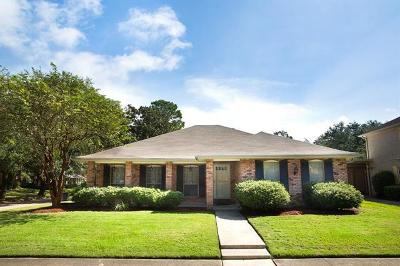 New Orleans Single Family Home For Sale: 3600 Rue Nadine Court