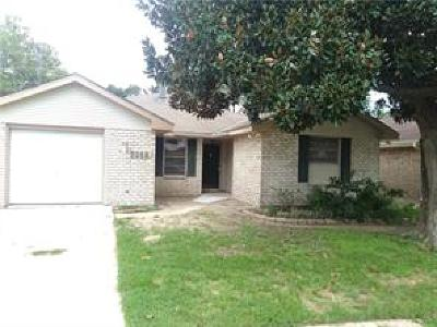 Kenner Single Family Home For Sale: 3268 Castle Drive