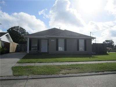 Marrero Single Family Home Pending Continue to Show: 1825 Bonnie Ann Drive
