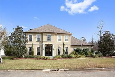 New Orleans Single Family Home For Sale: 203 Forest Oaks Drive