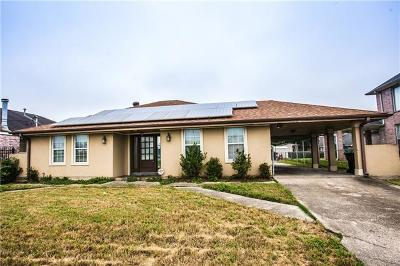 New Orleans Single Family Home For Sale: 11019 Morrison Road