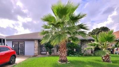 New Orleans Single Family Home For Sale: 7580 Wave Drive