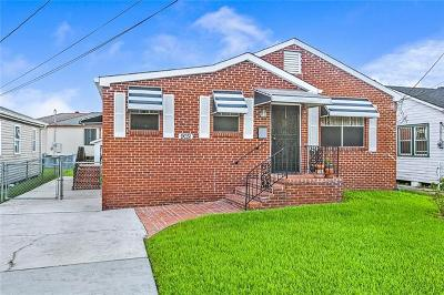 New Orleans Single Family Home For Sale: 9031 Fig Street