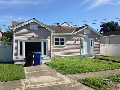 New Orleans Single Family Home For Sale: 8831 Stroelitz Street