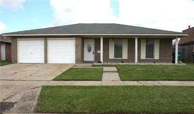 Gretna Single Family Home For Sale: 857 Glencove Drive