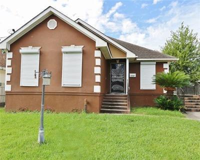 Harvey Single Family Home For Sale: 1532 Estalote Street